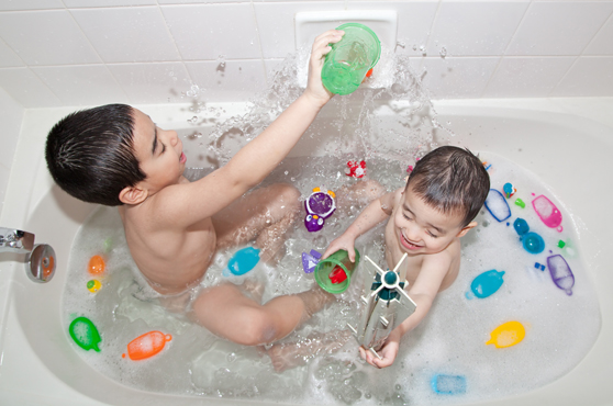 disciplina-positiva-para-los-niños-consejos-para-un-baño-tranquilo(JPEG)(177KB)